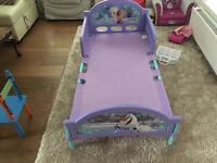 CHILDS FROZEN SINGLE BED FROM ARGOS 1 YEAR OLD