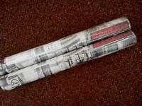 2 ROLLS NEWYORK PRINT WALLPAPER (RED)