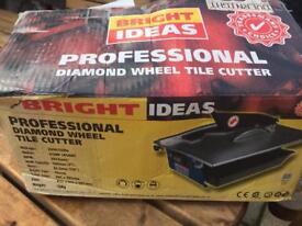 Professional diamond wheel tile cutter