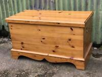 Solid pine storage chest toy blanket box
