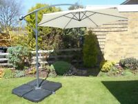 Cantilever Parasol with cover and four weights