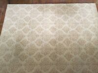 Large beige/gold rug excellent condition