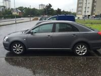 Toyota avensis 1.8 in good condition ready to drive