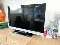 32 inches Sony lcd tv