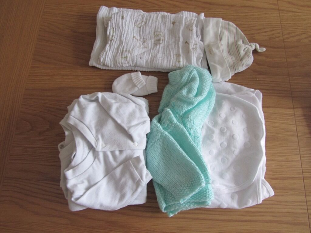 Baby Clothes BundleUnisexNew born, new baby, 0 3 mths (2in Syston, LeicestershireGumtree - Were having a clear out of baby stuff so we have a bundle of used new born, new baby, 0 3 month baby clothes in unisex / neutral colours. The bundle consists of One Hand knitted mint green cardi One swaddle blanket Mamas & Papas One pair of scratch...