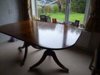 Extendable dining room table - mahogany - Bargain
