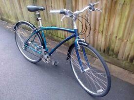 """Specialized Crossroads bike 18"""" frame, 700c tyres"""