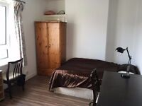 HMO Flat Near Uni, Off King street, 3 double bed with Large Living room