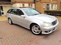 MERCEDES C32 AMG 354 BHP FULLY LOADED SAT NAV GLASS SUNROOF XENON LIGHTS
