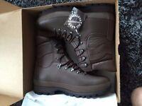 Altberg Defender Boots - Size 11