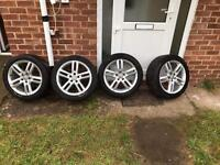Complete alloys with tyres 255/45/18 for Audi
