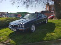 Jaguar xj8 v8