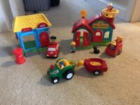 Little Tikes post office & fire station - like new