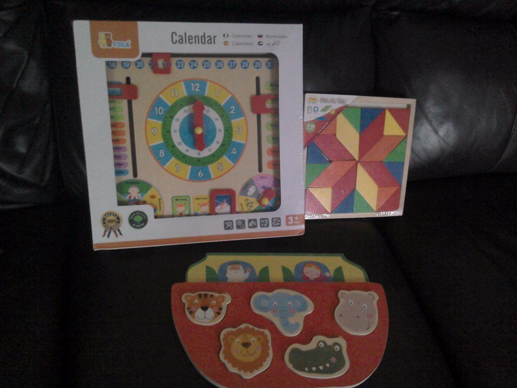 Calendar Clock Wallpaper : Childrens wooden calendar clock by viga will post wooden puzzle