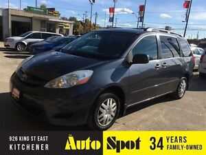 2006 Toyota Sienna CE/8 PASSENGER/WELL MAINTAINED FROM NEW !!