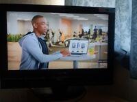 Daewoo TV HD!! 32 inch ! with hdmi input