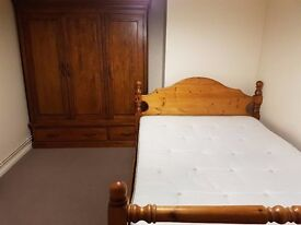 Double room to rent in Witney town centre all in
