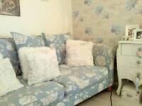 Gorgeous dfs large sofa