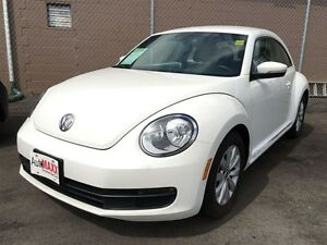 2012 VOLKSWAGEN BEETLE 2.5L- HEATED SEATS, REMOTE TRUNK RELEASE,