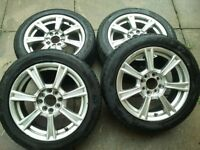 "15"" alloy wheels with Tires"