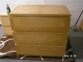 Ikea malm 3 drawer chest of drawers. Beech effect. Good condition.
