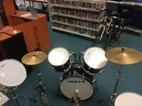 Aria 5 Piece Drum Kit with Stagg Drum Sticks