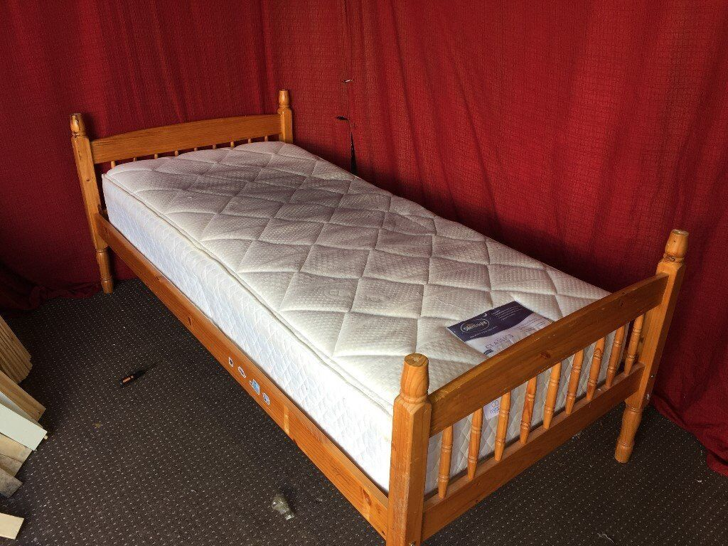 SOLID PINE SINGLE BED WITH SILENTNIGHT MATTRESS,CAN DELIVER