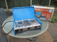 Camping Gaz 2 burner + grill.....nice condition