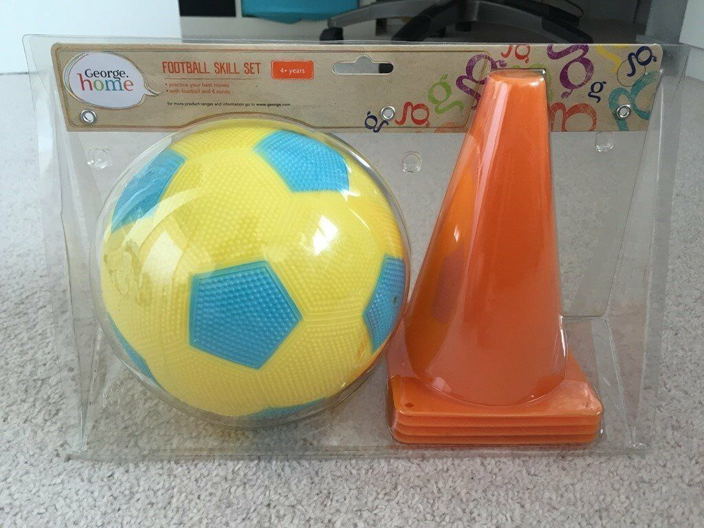 Kids Football & Cone Set
