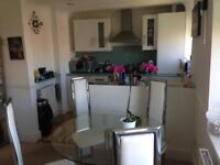 Superb two bed flat available in Hove.