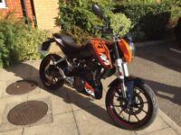 KTM Duke 125cc sportster - superb looks, low mileage, long MOT