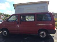 VW T4 Caravelle SWB, ideal camper / weekend van, pop up roof, BS crash tested rock & roll bed.