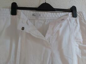 White linen trousers from Gap, almost NEW