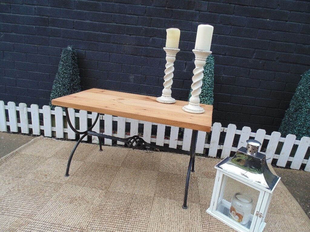 SOLID PINE FARMHOUSE LARGE COFFEE TABLE WITH CAST IRON STAND EXTREMELY SOLID SET