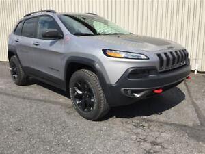 2017 Jeep Cherokee Trailhawk +4 Cyl, Cuir, Hitch+