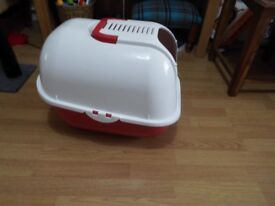 New Lidded Cat Litter Tray