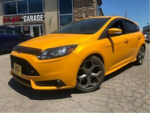 2013 Ford Focus ST LEATHER MOONROOF SIXSPEED