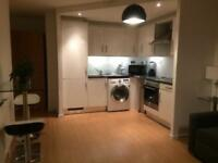 Budget Price Double Room in High Class Area of Docklands with 1 min to DLR station