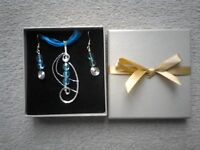 Brand New Beautiful Silver And Turquoise Earrings and Necklace Set