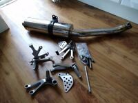 Kawasaki ZX6R Exhaust and Footpegs
