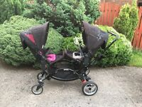 O baby zoom double pram/push chair with lots of accessories and one car seat