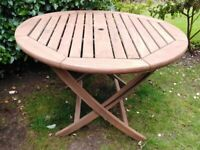 CIRCULAR HARDWOOD GARDEN PATIO TABLE
