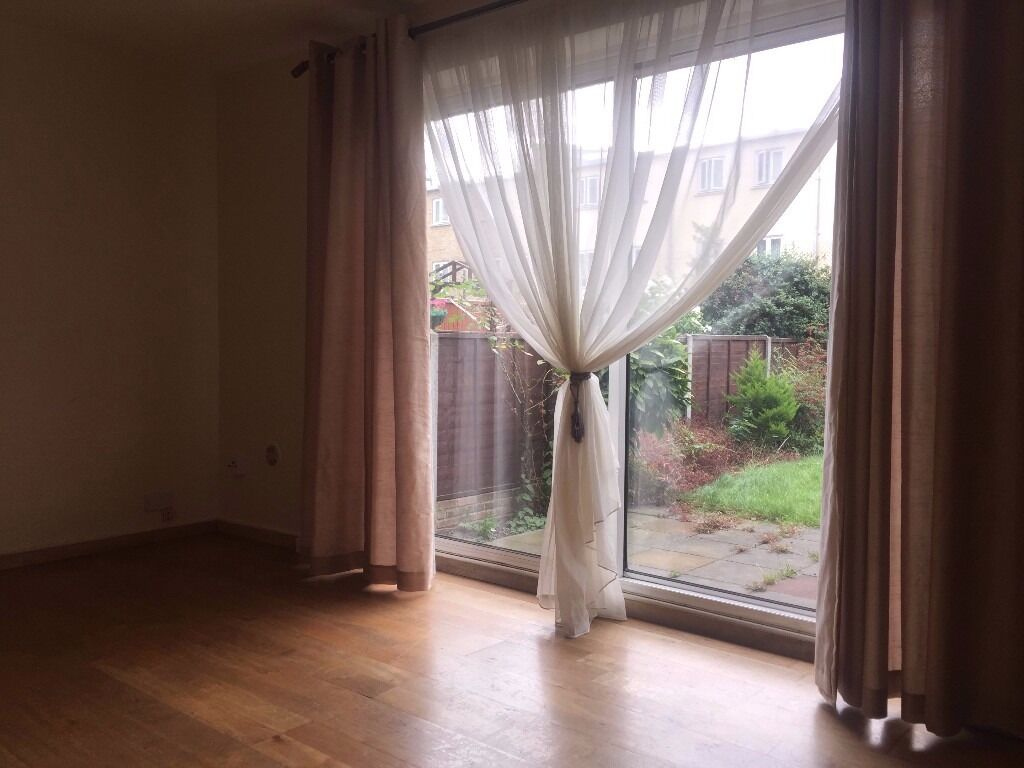 3 Bed property with large garden, Whitechapel - Shadwell E1