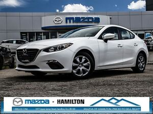 2014 Mazda MAZDA3 GX-SKY- VERY LOW KM!!!!