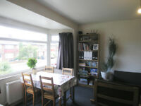 THREE DOUBLE BEDROOM TWO BATHROOM DUPLEX FLAT TO RENT IN NW2