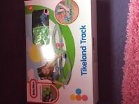 Little tikes tike land track and car