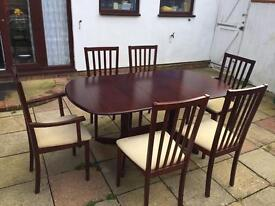 Extendable Cherrywood Dining Table with 6 chairs