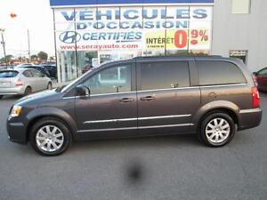 2015 Chrysler Town & Country TOURING 2 DVD Touring