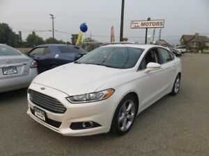 2016 Ford Fusion SE - Park Aid, power seat, Sunroof