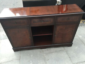 Hall console Unit , free local delivery , in good condition , solid unit. Free local delivery.